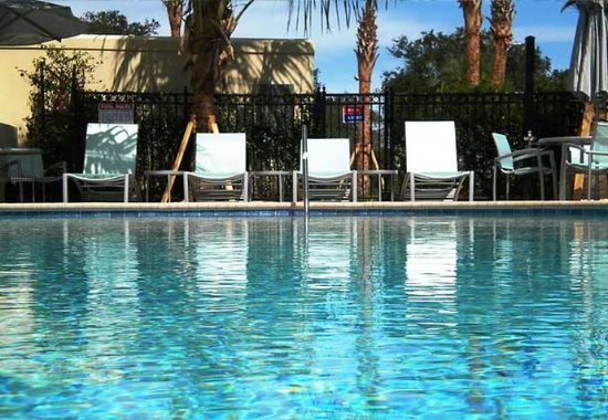 SpringHill Suites Vero Beach: Outdoor Pool