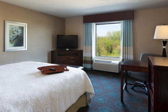Grafton, WI: 1 King Bed