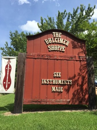 Mountain View, AR: Dulcimer Shoppe