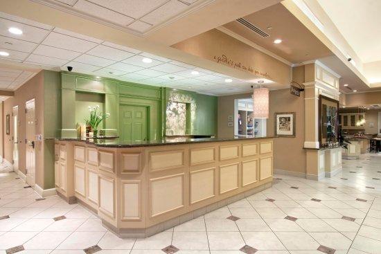 Риджфилд-Парк, Нью-Джерси: Lobby