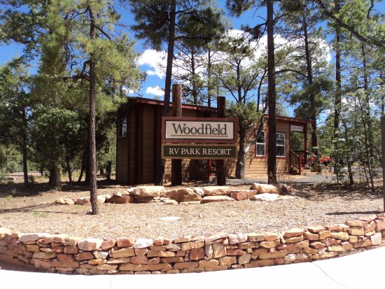 Show Low, AZ: Entrance to Woodfield RV Resort