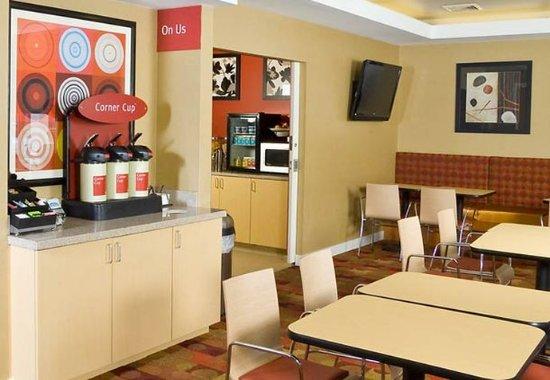 Gilford, Nueva Hampshire: On Us Coffee