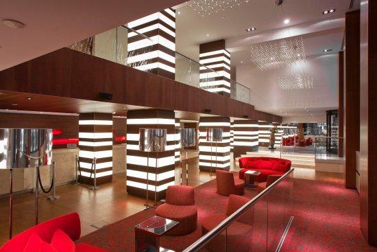 Hilton The Hague: The Lobby