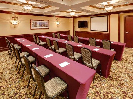 Farmington, CT: Meeting Room - Classroom