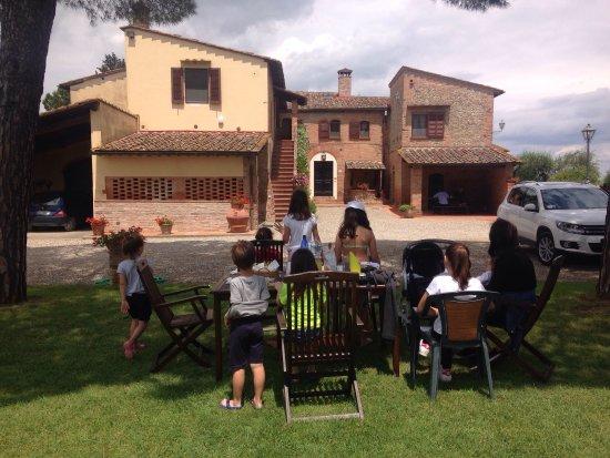 Castelfiorentino, Italia: Agriturismo Monteolivo