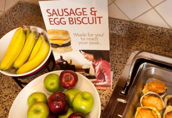 Waldorf, Maryland: Breakfast Buffet