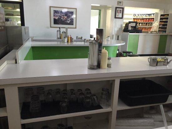 Paraquet Cafe