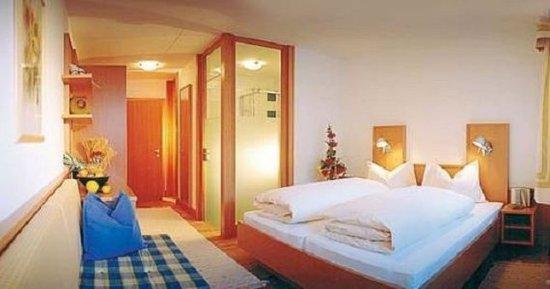 St. Leonhard im Pitztal, Austria: Double room comfort