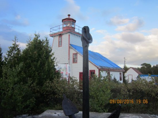 Meldrum Bay, Canada: the lighthouse