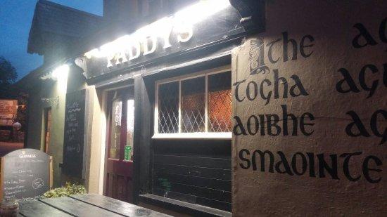 Terryglass, Irlandia: 20160917_201000_large.jpg