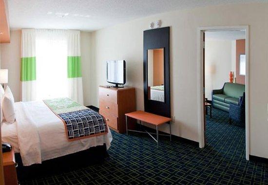 Pelham, ألاباما: Extended One-Bedroom Suite Sleeping Area