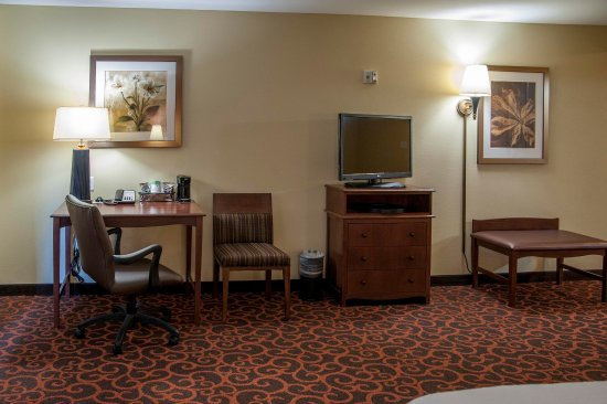 Watertown, SD: Accessible Standard Room