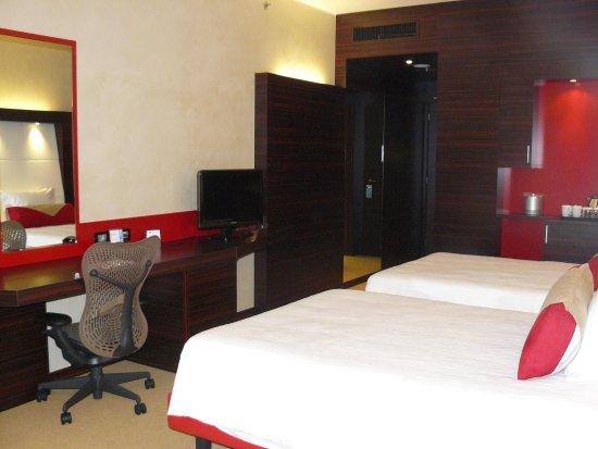 Hilton Garden Inn Lecce : Twin 2 Beds Evolution Room