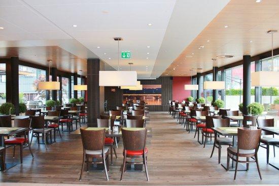 Rumlang, Suiza: Dinning Area