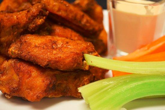Minett, Καναδάς: Smoked Cajun Chicken Wings