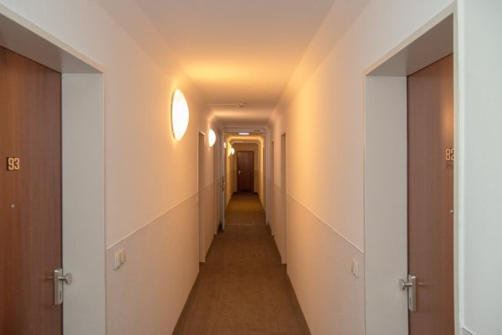 Vi Vadi Hotel : Hallway