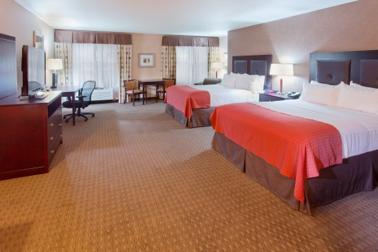 Yakima, WA: ADA/Hearing accessible Two Queen Bed Guest Room