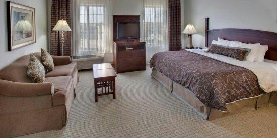 Staybridge Suites Rockford : staybridge-suites-rockford-2533331005-2x1_large.jpg