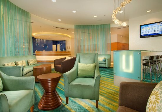 SpringHill Suites Alexandria: Lobby
