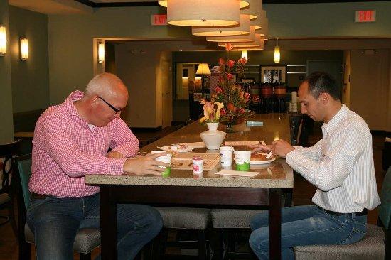 ชาโกปี, มินนิโซตา: Breakfast Dining