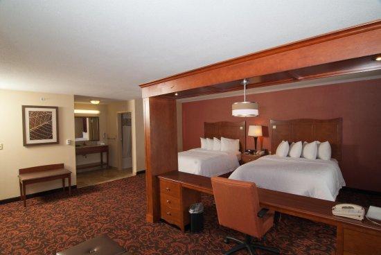 Yorkville, Ιλινόις: 2 Queen Suite