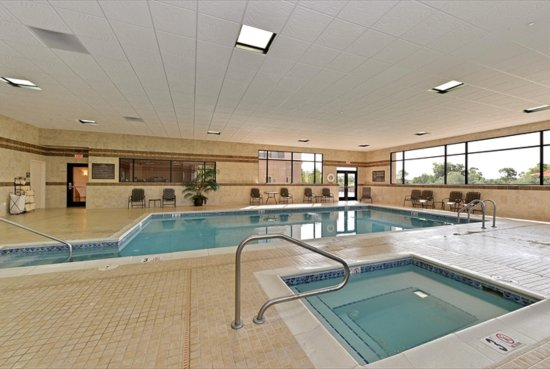 Buffalo, WY: Indoor Pool & Whirlpool