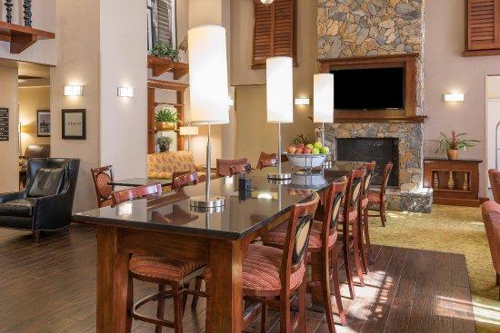 Florence, SC: Breakfast Seating