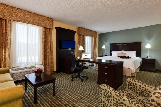 Mahwah, NJ: King Suite