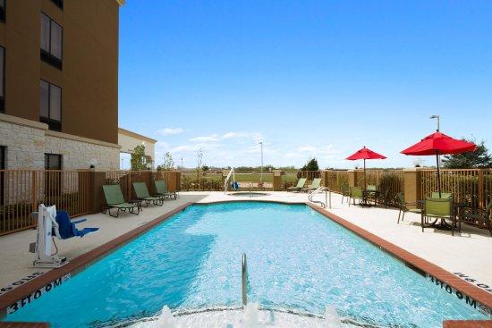 League City, TX: Outdoor Pool