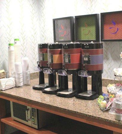 Ellsworth, ME: Coffee Area