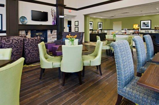 Exeter, Nueva Hampshire: Perfect Mix Lobby