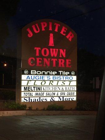 Augieu0027s Bistro: 711 W. Indiantown Road, Jupiter