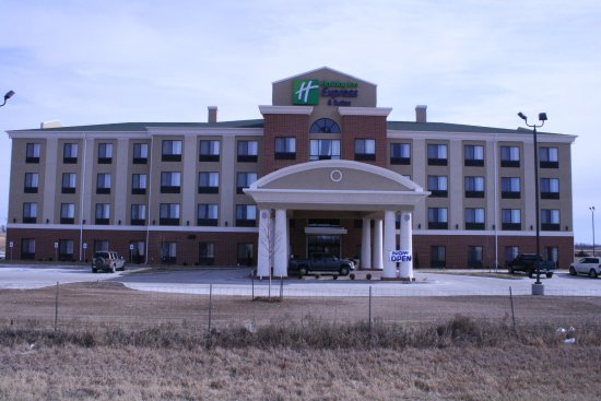 Photo of Holiday Inn Express Hotel & Suites Pratt