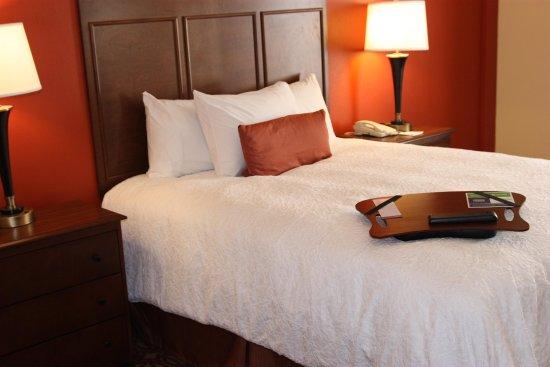 Wiggins, Миссисипи: Queen Standard Room Bed