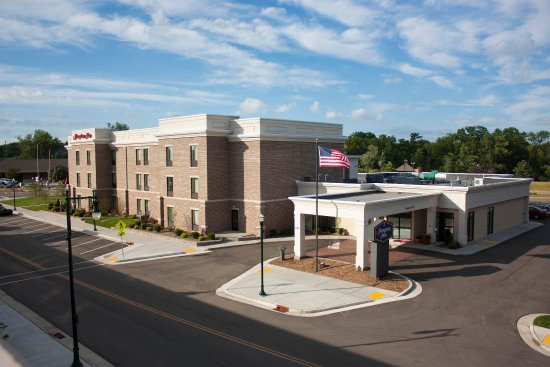 Hampton Inn Burlington: Exterior