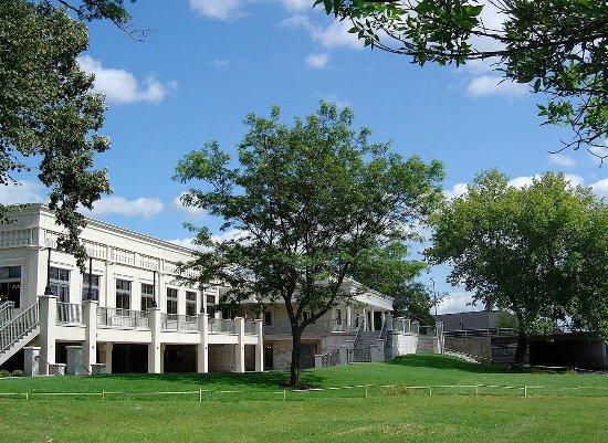 Μπέρλινγκτον, Ουισκόνσιν: Veterans Terrace