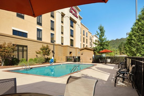 Hampton Inn & Suites Birmingham/280 East-Eagle Point: Pool Area