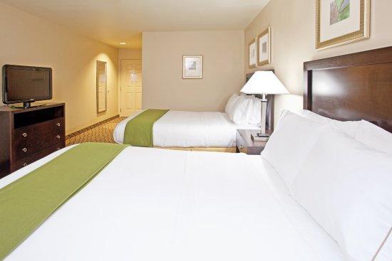 Reynoldsburg, OH: Queen Bed Guest Room