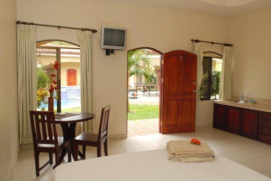 Playa Hermosa, คอสตาริกา: Juinior Suite with Kitchenette