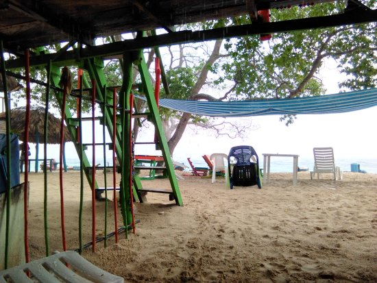 Isla Baru, Κολομβία: hostel en playa Blanca