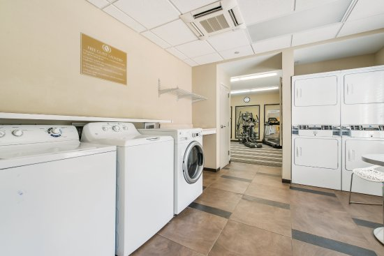 Lithia Springs, GA: Laundry Facility