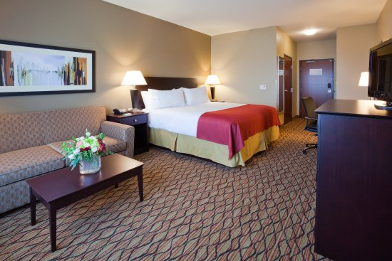 King Bed with Sleeper Sofa Holiday Inn Eau Claire South