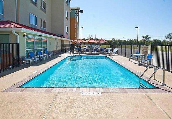 Gonzales, LA: Outdoor Pool