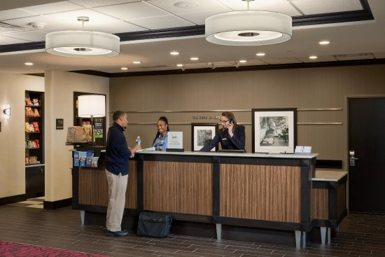 Saginaw, MI: Front Desk Area