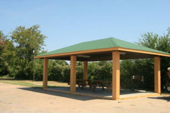 Bryan, TX: Picnic Area