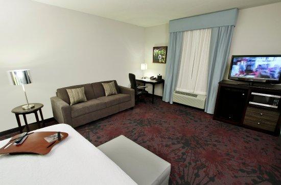 Winnie, Teksas: King Bedroom with Sofabed