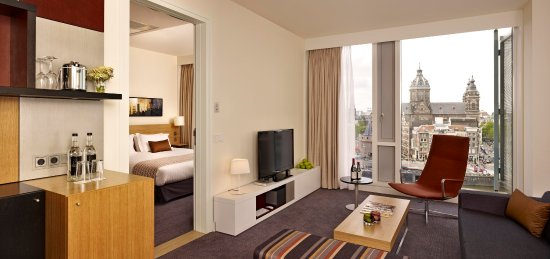 DoubleTree by Hilton Hotel Amsterdam Centraal Station: King City Suite