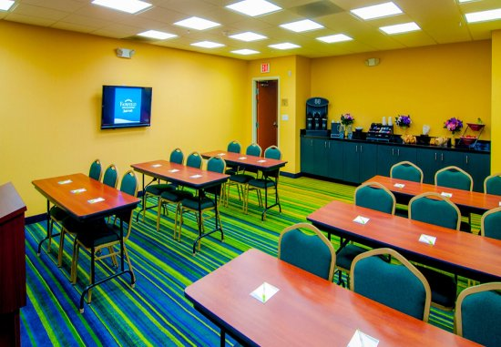 Tulare, CA: Meeting Room