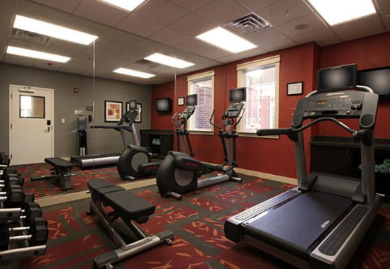 Woodbridge, NJ: Fitness Center