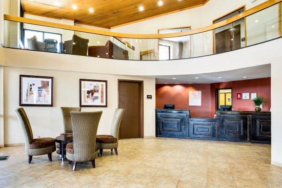 Red Roof Inn & Suites Cincinnati North-Mason : Lobby